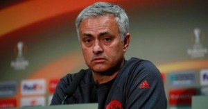 Manchester-United-manager-Jose-Mourinho-during-the-press-conference-700x368