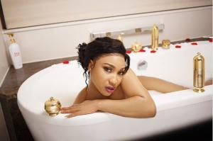 Tonto-Dikeh-Strips-Down-For-A-Photoshoot-In-A-Bathtub-1