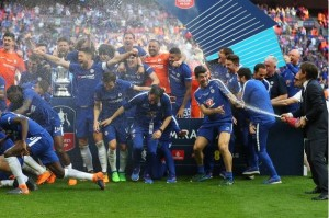 English-FA-Ban-Champagne-From-Being-Used-At-Cup-Final-Celebrations--See-Why-203609069744891814
