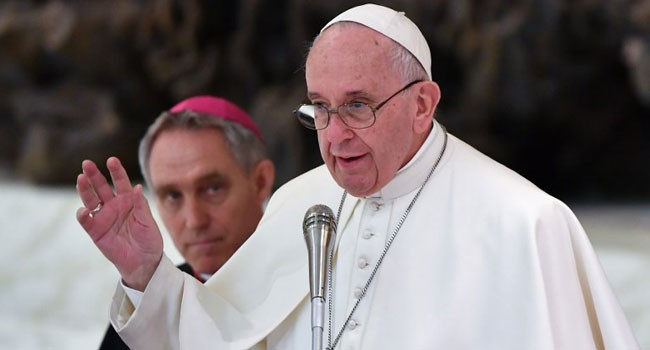 Pope-Warns-Against-Hate-Fomenting----Fake-News---729415307042447054