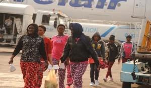 195-stranded-Nigerians-return-from-Libya728653304834438942